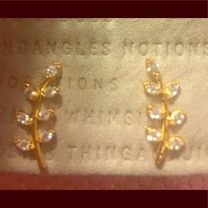 ANTHROPOLOGIE GOLD LEAF EARRINGS